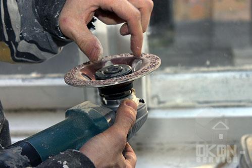 Требуется герметизация межпанельных швов
